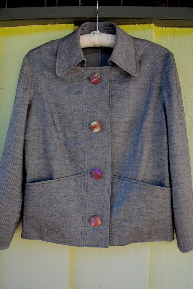 I love to dye fabrics as much as I love to sew. I couldn't resist putting some hand-dyed covered buttons on this jacket.